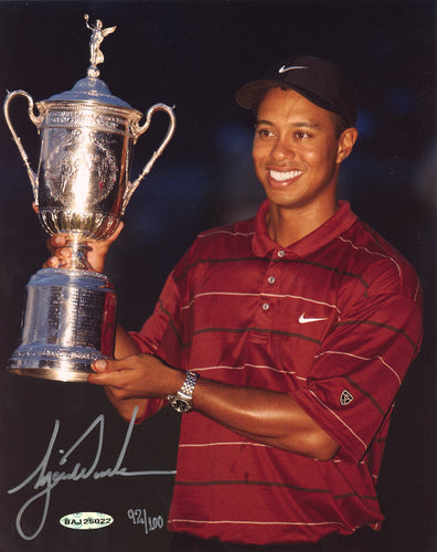 Tiger Woods Autographed 8x10 Photo 2002 US Open Championship LE #/100 UDA