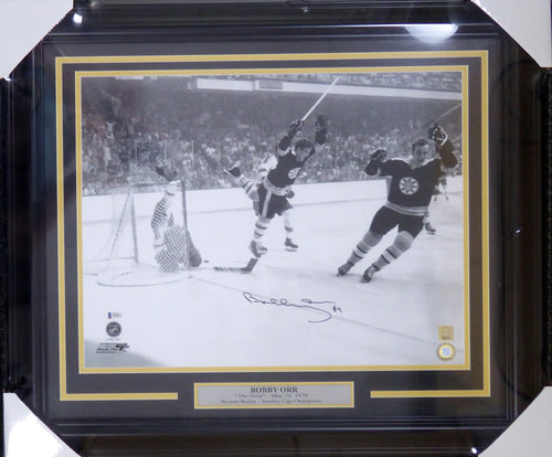 Bobby Orr Autographed Framed 16x20 Boston Bruins