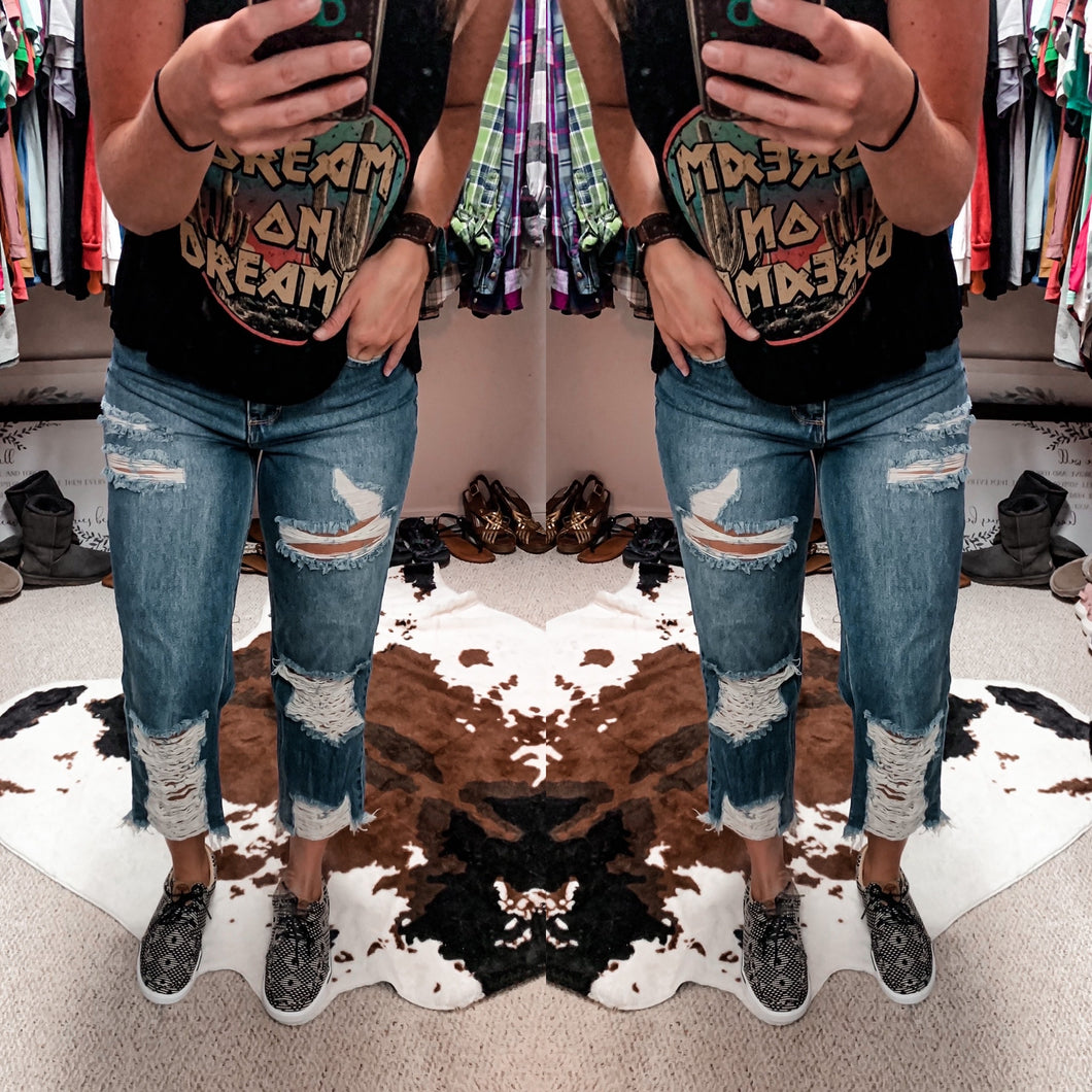 The Doss Distressed Boyfriend Jeans