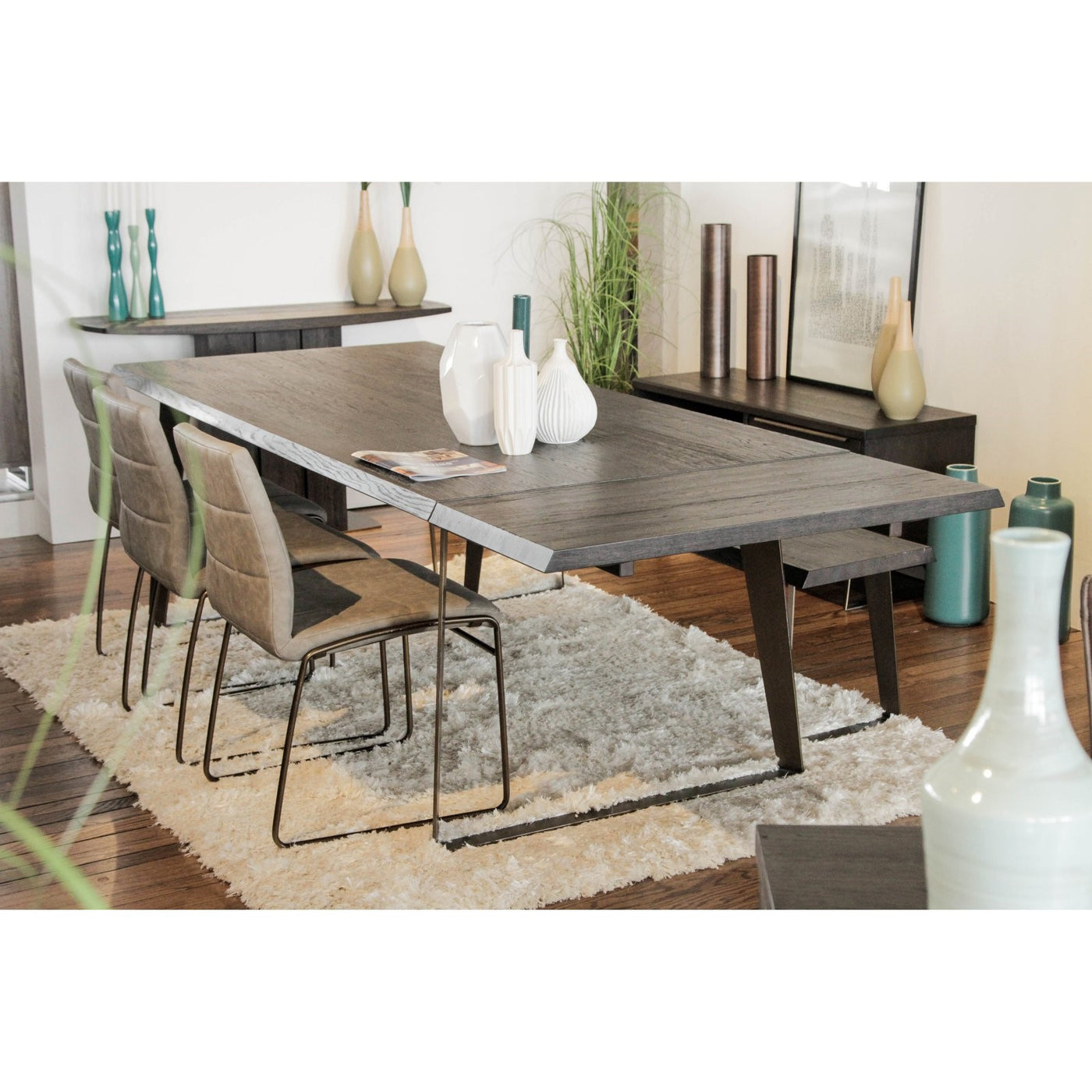 Unique Furniture Novara Dining Table * (CURRENTLY ON SHOWROOM FLOOR)
