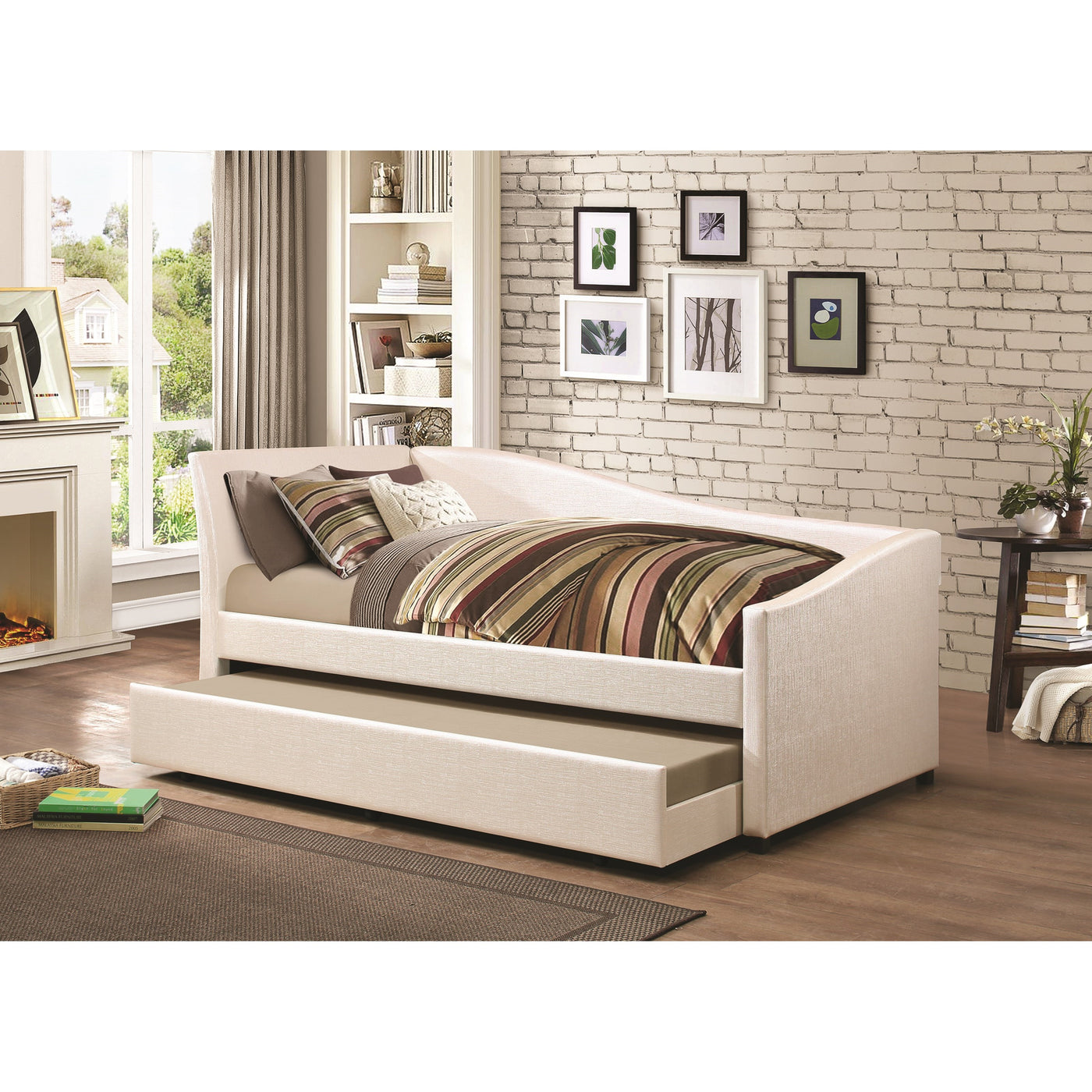 Coaster Furniture Twin Daybed With Upholstered Ivory Fabric And Trundl