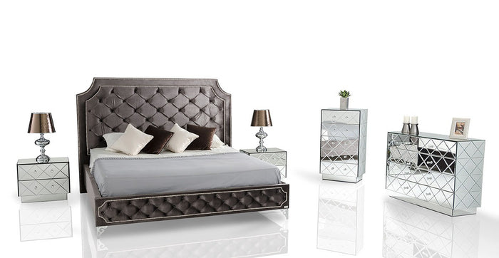Modrest Leilah - Transitional King Size Bed with Tufted Fabric