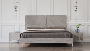 Nova Domus Alexa Light Gray Modern Italian Bedroom Set