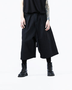 Japanese pants black detail