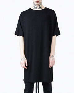 T-shirt oversize black detail