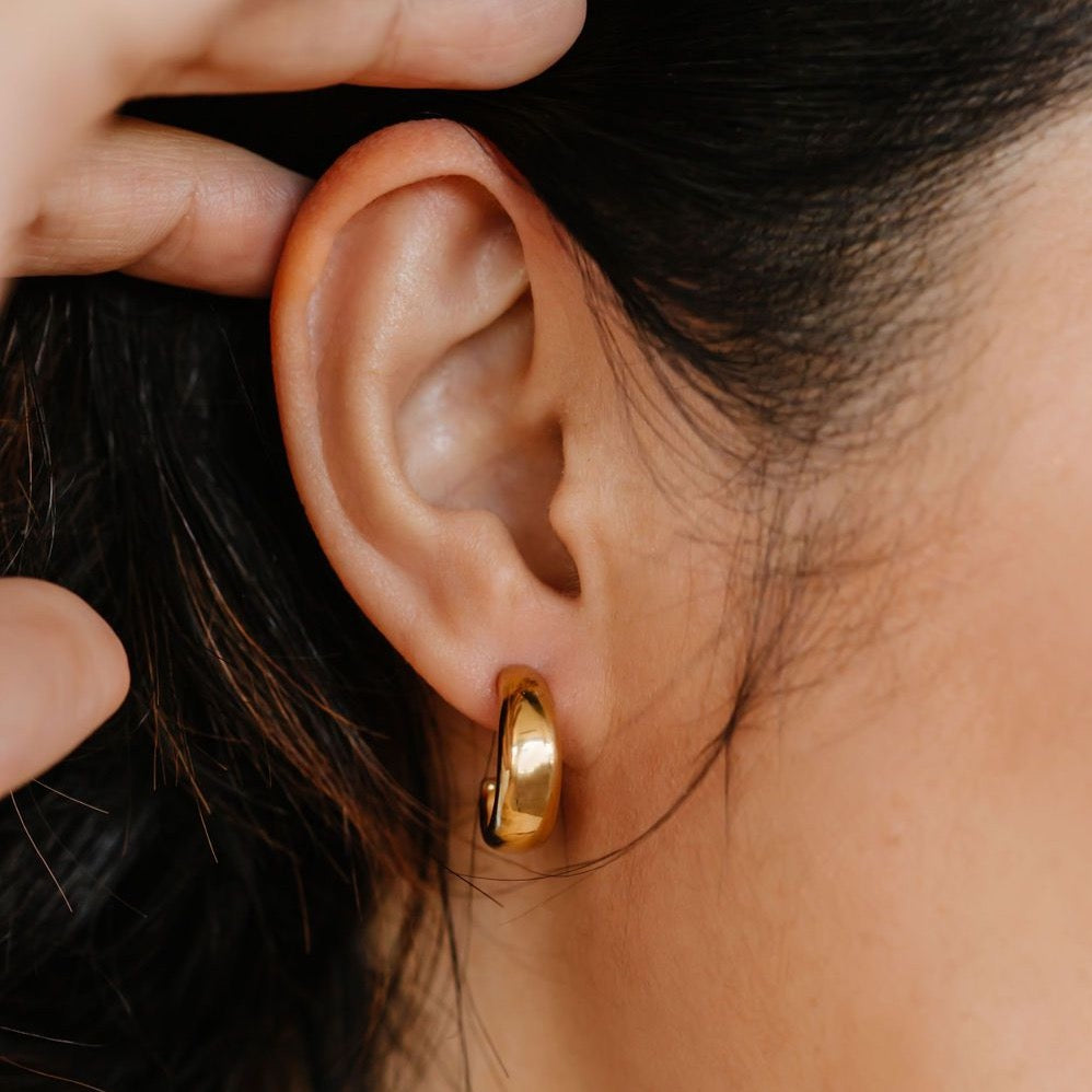 Dome Hoop Earrings - 18K gold vermeil