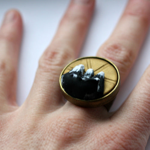 hand with 3d mountain ring being worn