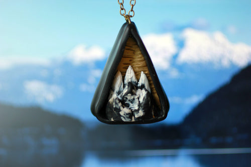 Triangle Mountain Diorama Necklace - Unparalleledcc