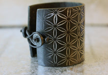 Black Rocker Cuff Bracelet - bracelets - [variant_title] - [option1] - [option2] - [option3] - Uprise Jewelry