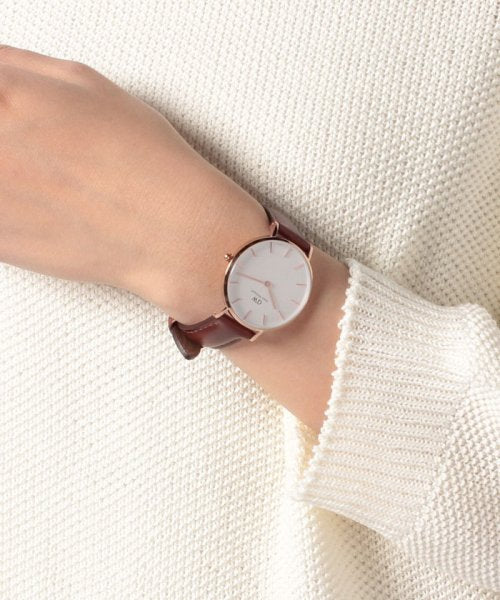 Daniel Wellington Petite St Mawes DW00100175 32mm Rose Gold Brown Leather Ladies Watch