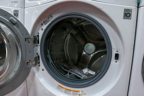 LG WASHER - MODEL # WM3270CW