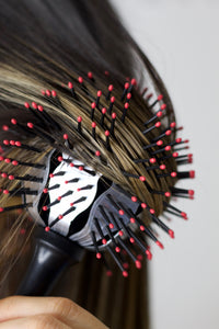 The Twirler Thermal Ball Brush