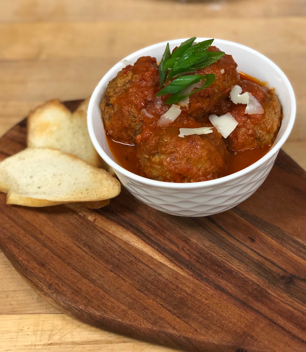 Italian Meatballs in Roasted Red Pepper Sauce