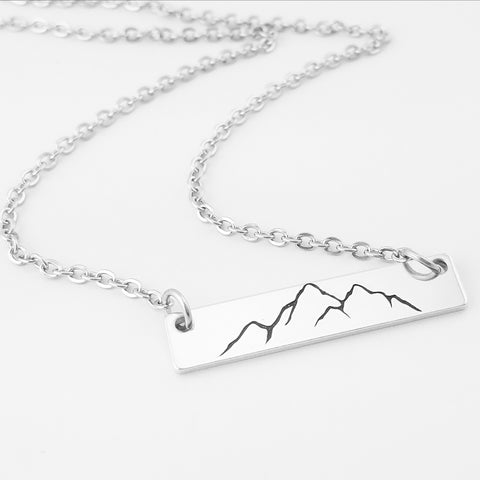 RETIRING STYLE Mountain Range Bar Necklace