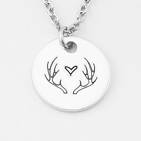 RETIRING STYLE Antlers with Heart Necklace