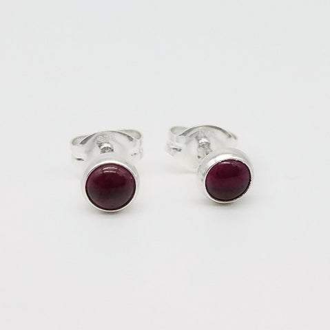 Garnet Stud Earrings - 4mm