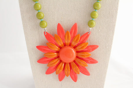 Bright Mod Daisy Necklace - bel monili, Pittsburgh PA, country living fair, vintage market days