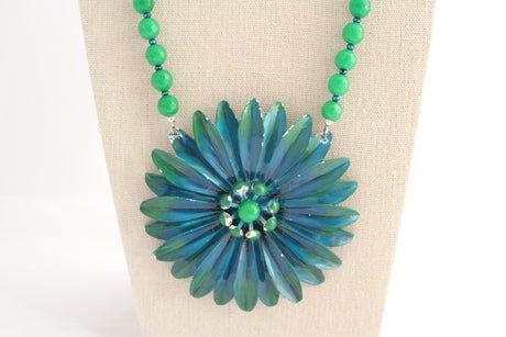 Green and Blue Vintage Daisy Necklace - bel monili, Pittsburgh PA, country living fair, vintage market days