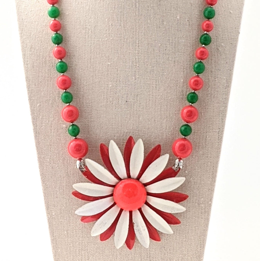 Christmas Flower Necklace (CF1)