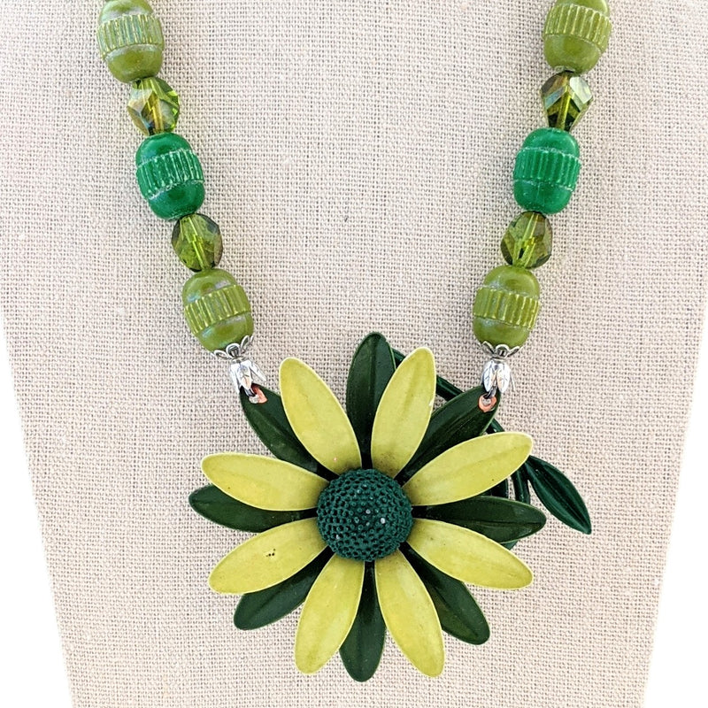 Retro Greens Vintage Flower Necklace
