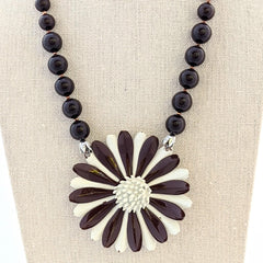 Brown & White Daisy Vintage Flower Necklace
