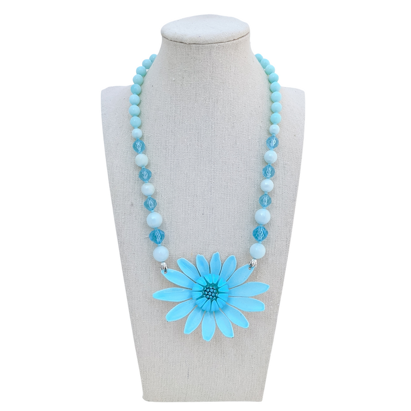 Aqua Mod Vintage Flower Necklace
