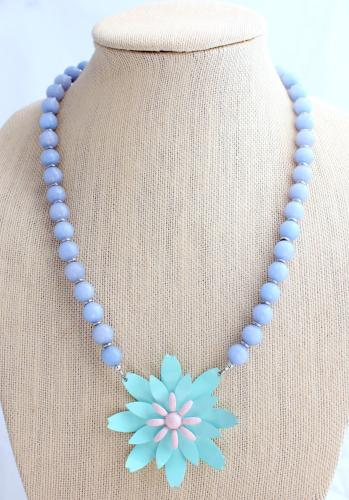 Periwinkle Pastel Daisy Necklace