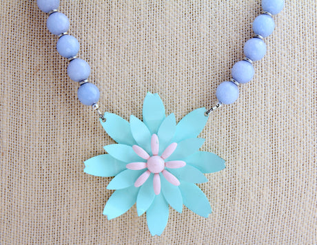Periwinkle Pastel Daisy Necklace - bel monili, Pittsburgh PA, country living fair, vintage market days