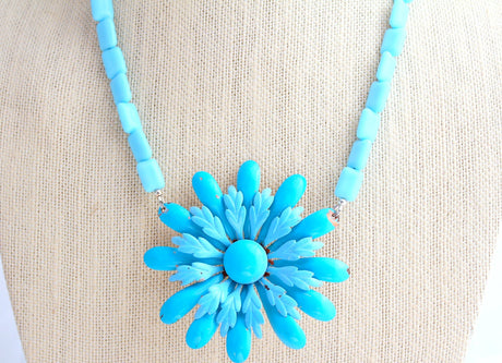 Blue Vintage Enamel Daisy Necklace - bel monili, Pittsburgh PA, country living fair, vintage market days