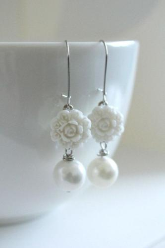 white chrysanthemum flower earrings