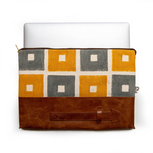 Square laptop sleeve