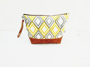 Mukti Toiletry bag