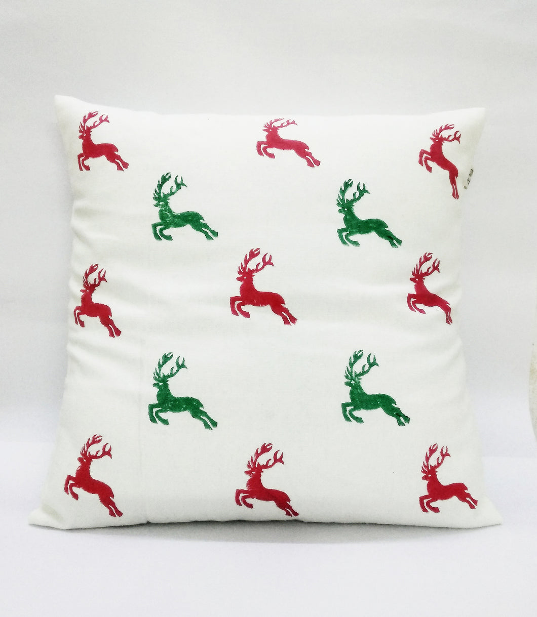 flying reindeer cushion cover