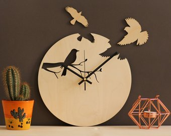 Wood Flying Bird Clock