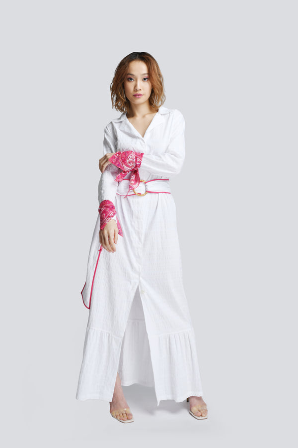 Jodi Maxi Shirt Dress in White (Pink Bandana)