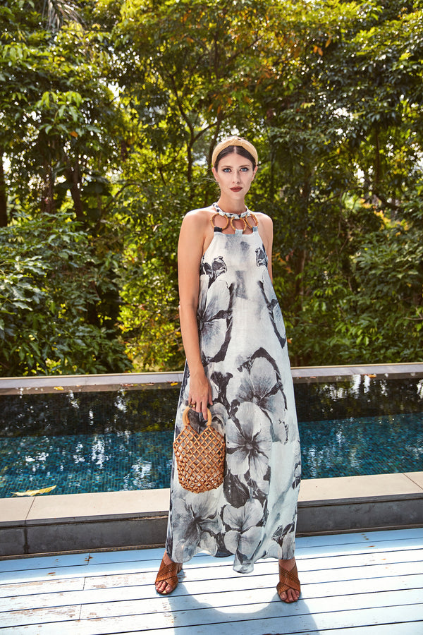 Iris Halterneck Maxi Dress in Floral