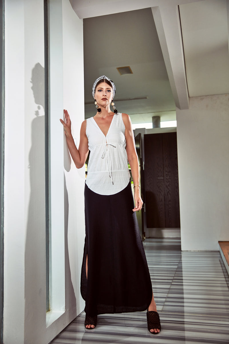 Olga Drawstring Maxi Dress in Black and White (Straight skirt)