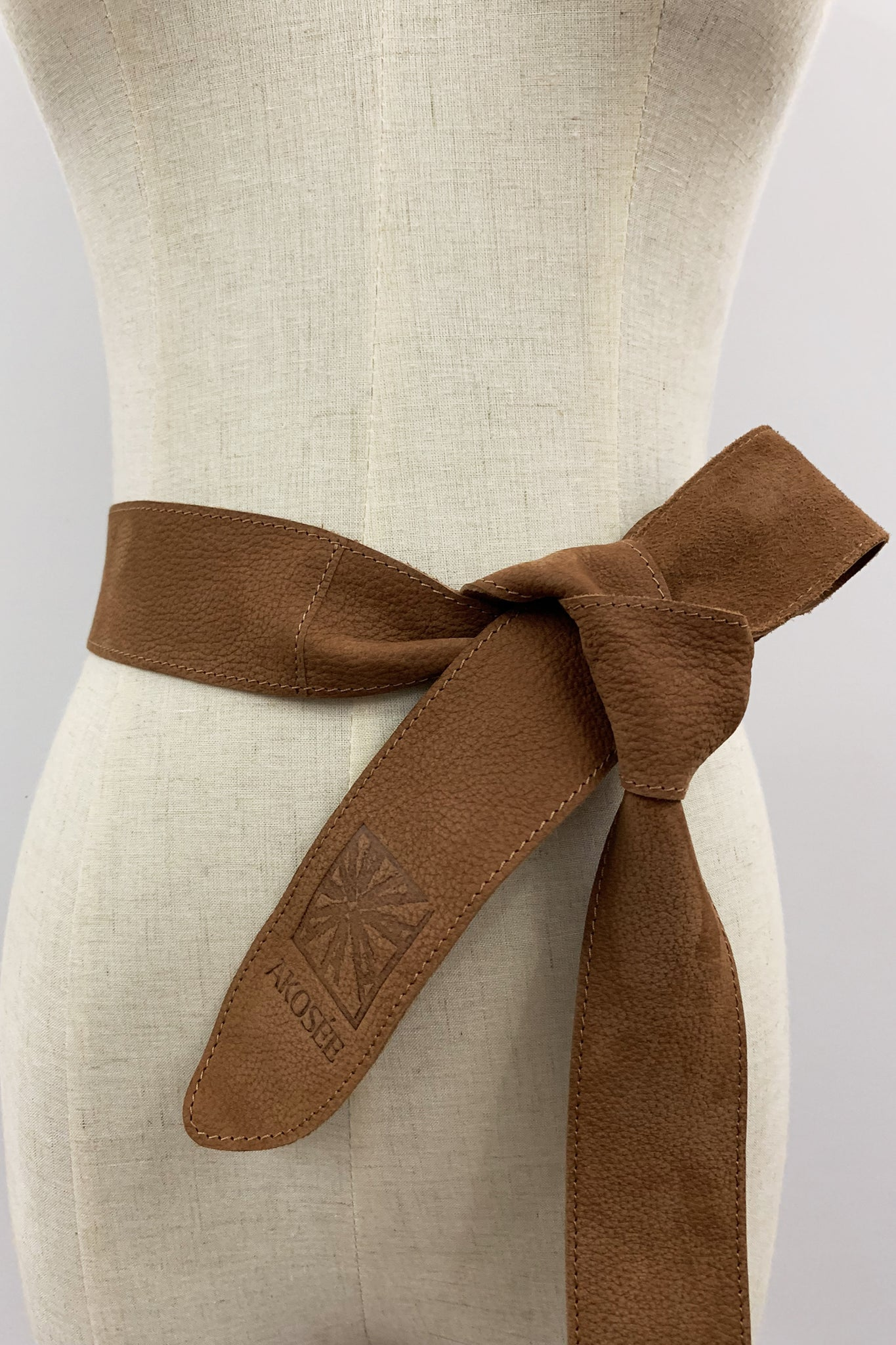 Akosée Leather Tie Belt