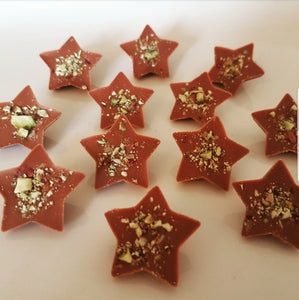 PISTACHIO MILK CHOCOLATE STAR BITES