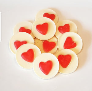 RED HEART WHITE CHOCOLATE CIRCLES