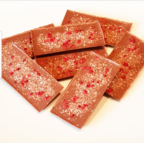 COCONUT RASPBERRY MILK CHOCOLATE SLAB