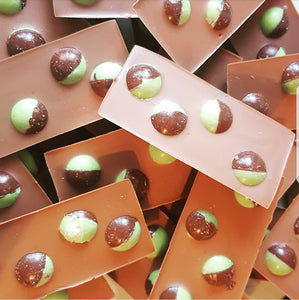 MINT AERO BALLS MILK CHOCOLATE SLAB