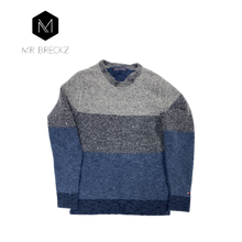 Afbeelding in Gallery-weergave laden, Authentic Tommy Hilfiger jumper - MrBreckz