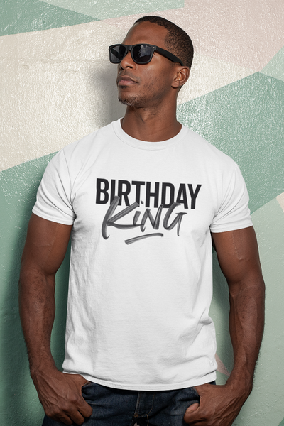 S (4-6) / White T-shirt It's Your Birthday King - crewneck t-shirt - Tony by Toni