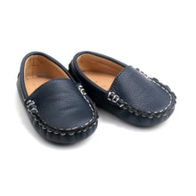 Load image into Gallery viewer, Navy boat shoes