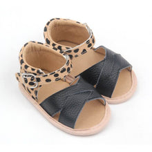 Load image into Gallery viewer, Animal print sandals