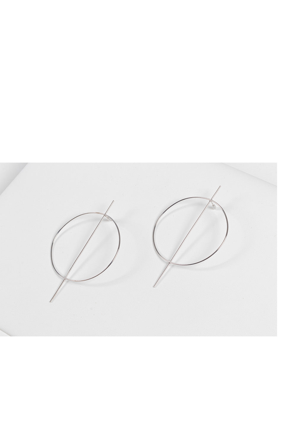 Dina Hoop Earrings