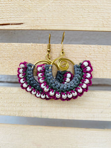 Mauve and white thread hoop earrings