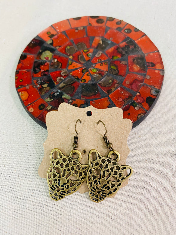 Leopard face earrings from shopartery