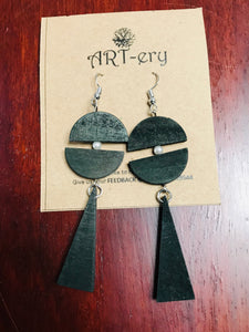 Lightweight black long wooden earrings